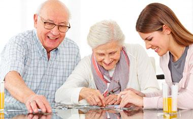 Прогулки на свежем воздухе пенсионеров. Пазлы для мелкой моторики пожилым людям.